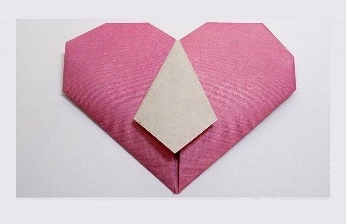 Как сложить сердце с галстуком из бумаги