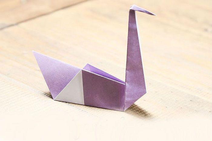 Лебедь-оригами