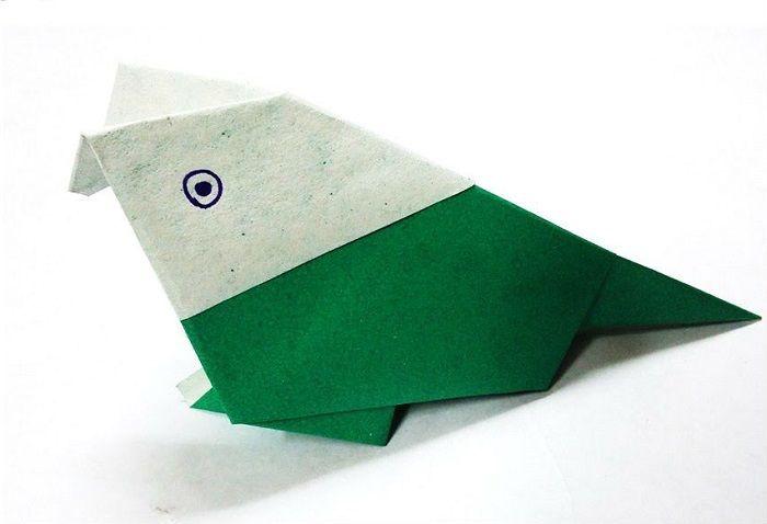 Попугай-оригами