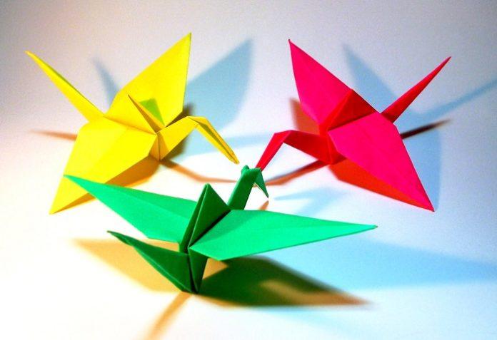 Журавль оригами