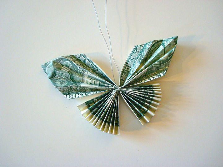 Бабочка-плиссе с крыльями гармошкой