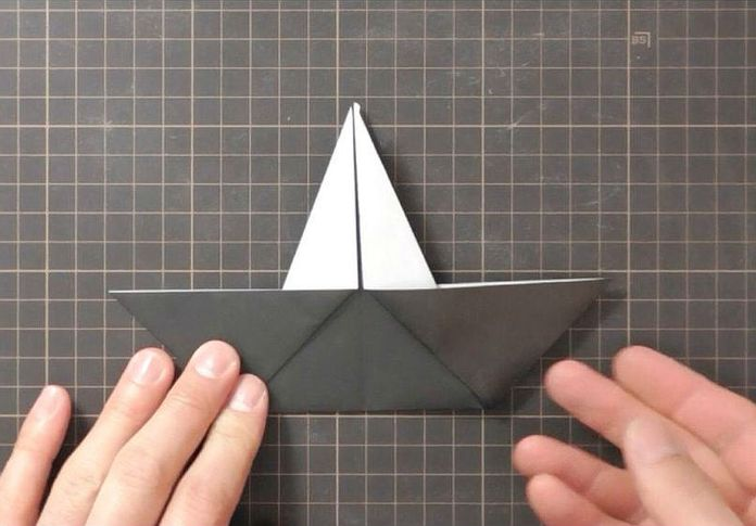Сборка оригами говорящего ворона: шаг 2