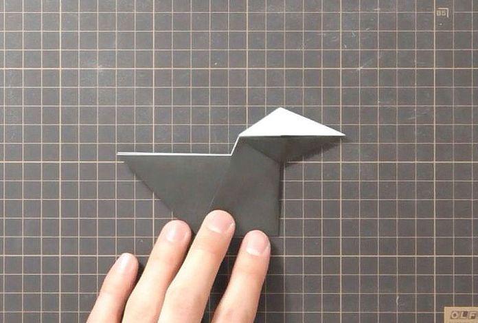 Сборка оригами говорящего ворона: шаг 5