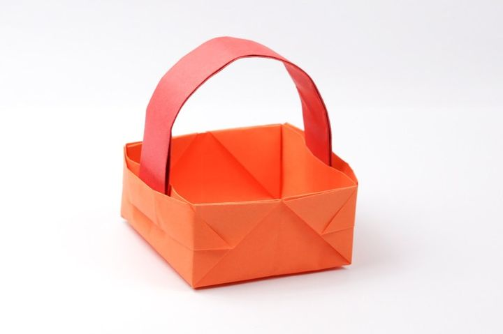 Оригами-корзинка