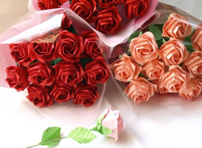 Поэтапная сборка цветов на 8 марта в технике оригами