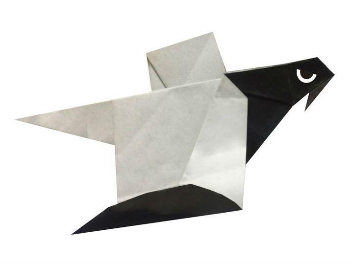 Простая модель летящего оригами-орла