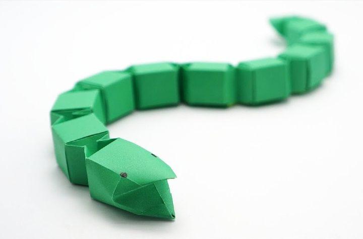 Модульная змея-оригами