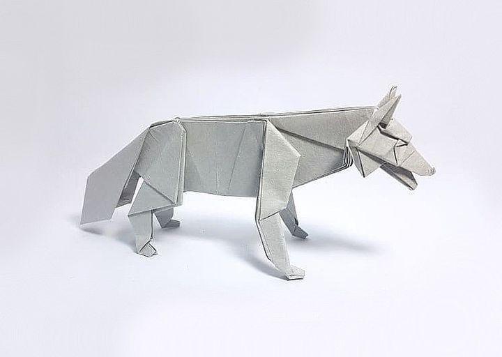 Оригами-волк из бумаги