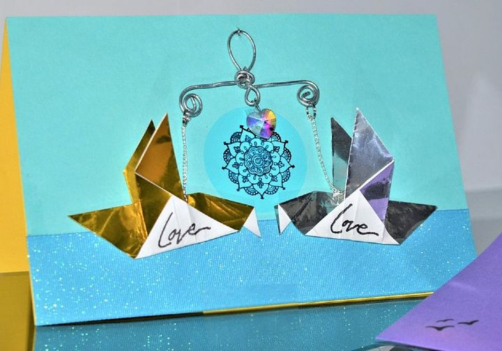 Оригами-голуби