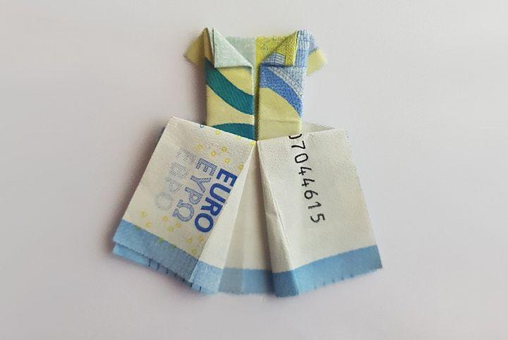 Оригами-платье из денег