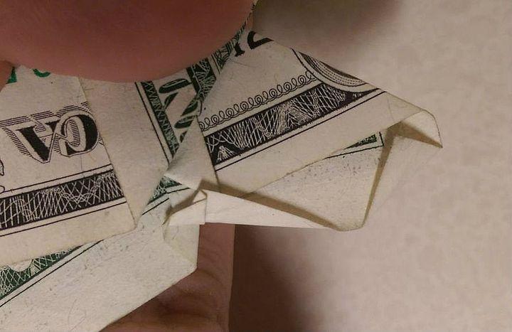 Изготовление оригами-бабочки из доллара