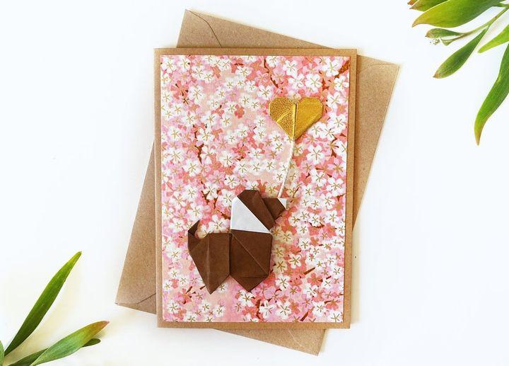 Открытка с оригами-собакой