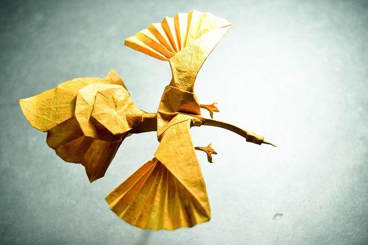 Птица феникс из бумаги