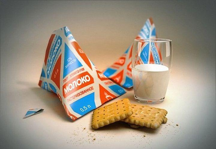 Упаковка молока в форме тетраэдра