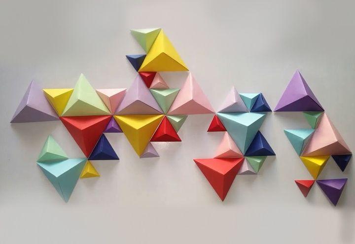 Настенное панно из тетраэдров