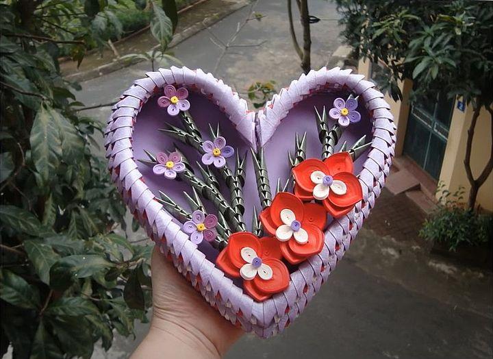 Панно в виде сердца