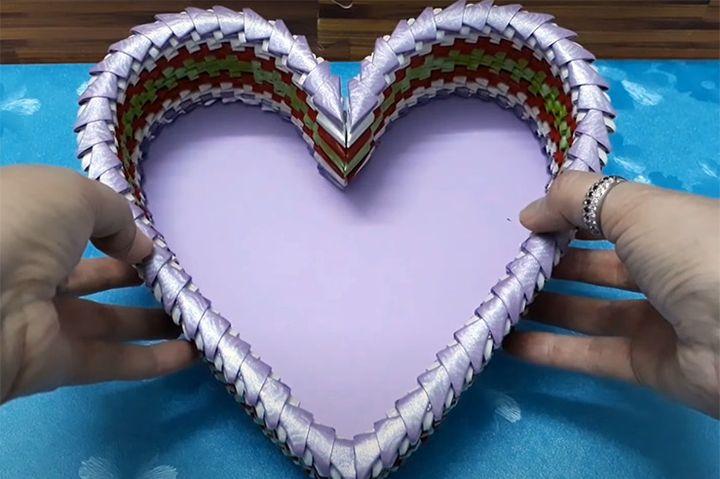 Сборка шкатулки в виде сердца
